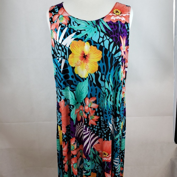 Jostar Dresses & Skirts - Jostar Tropical Floral Dress Size XXL